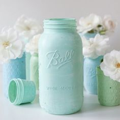 Chalkboards + Mason Jars have been quite the rage so we've combined the two... how to make distressed chalkboard mason jars for decor!