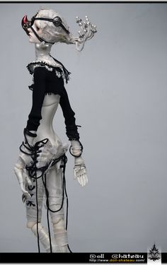 Doll Chateau's doll called Sexta. Amazing outfit and hand/feet articulations.
