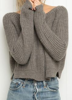 #beauty #style #fashion #woman #clothes #outfit #wearable #casual #look #sweater