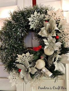 Christmas Wreath Tutorial by erica