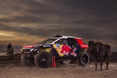 The Peugeot 2008 DKR has shed its edgy black carbon fibre finish and put on its racing colours. The French creation now sports a Gallic combination of blue, white and red.