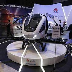 Santé, transport... Comment la 5G s'apprête à bousculer nos vies -||  Alors que sa commercialisation n'est pas attendue avant 2020, opérateurs et équipementiers ont multiplié les démonstrations autour de la 5G au Mobile World Congress.