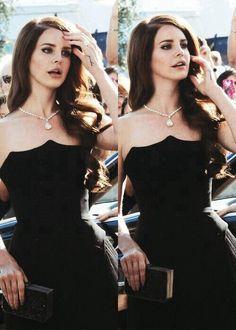 Lana Del Ray. ♡ < No, Honey it's *Rey. x