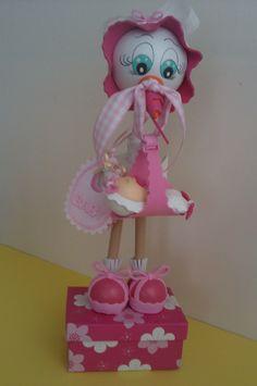 Fofucha cigüeña para niña en rosa.
