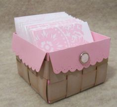 Now I'm wishing I bought the envelope die before stampin up retired it ! 3d Paper Crafts, Diy Crafts, Paper Crafting, Paper Gifts, Scrapbooking, Scrapbook Cards, Valentines Day Baskets, Valentine Box, Little Presents
