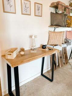 Maple live edge desk. Live Edge Furniture, Furniture Design, Entryway Tables, Desk, Studio, Home Decor, Products, Rustic Wood Furniture, Desktop