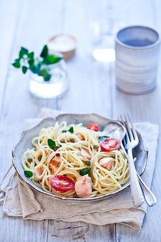 Grilled Salmon Spaghetti with Grape Tomatoes and Capers by tarteletteblog #Pasta #Salmon #Healthy