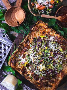 Die resep bied die opsie om sommer van jou oorskietvleis te gebruik. Paella, Ethnic Recipes, Food, Essen, Meals, Yemek, Eten