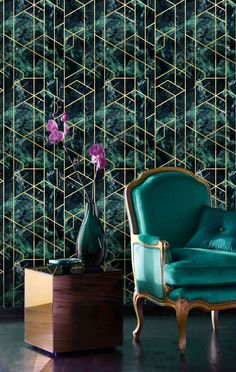 Gramercy Emerald Wallpaper is part of the 'Manhattan' collection of wallpapers by Mind The Gap. Inspired by the richness of architectural details in Manhattan, along with the spectacular Art Deco elements to be found in most of the it's buildings. Multicoloured Wallpaper, Metallic Wallpaper, Gold Wall, Eclectic Wallpaper, Interior Walls, Interior Design, Mind The Gap, Design Repeats, Marble Effect