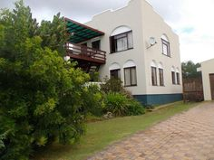 Houses For Sale in Stilbaai. View our selection of apartments, flats, farms, luxury properties and houses for sale in Stilbaai by our knowledgeable Estate Agents.