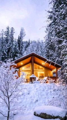 Snow Cabin, Forest Cabin, Winter Cabin, Forest House, Cozy Cabin, Winter House, Treehouse Living, Treehouse Cabins, Lake Cabins