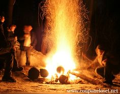 Fun Campfire Games to Enjoy I hope you have been enjoying our Camping posts. Make sure you read our Five Tips for Camping with Kids post and this 5 of the Best Tips to Save Money on Camping. Nothing quite compares to sitting crosslegged around a campfire and having fun together while roasting marshmallows. When …