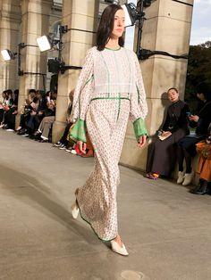 パリコレ2020年春夏が開幕、トップバッターは日本の「マメ」 Dresses, Fashion, Vestidos, Moda, Gowns, Fasion, Dress, Fashion Illustrations, The Dress
