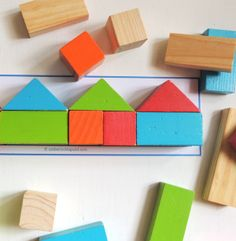 FREE printable puzzle templates for your building block set.