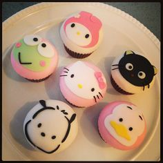 Sanrio cupcakes by Silk Cakes in NYC!!! So cute! Keroppi, My Melody, Hello Kitty, Pochacco, Chococat, and Pekkle :)