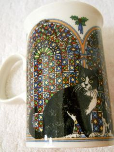 Dunoon Scotland Coffee Mug Black White Cats Stained Glass Arched Windows Holly | eBay