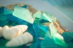 You'll love this easy edible sea glass candy recipe. Make gorgeous sea glass that tastes delicious and looks amazing with this easy glass candy recipe! Percy Jackson Cake, Percy Jackson Birthday, Taco Bar, Sea Glass Candy Recipe, Edible Sea Glass Recipe, Sea Cakes, Under The Sea Party, Food Themes, Food Ideas