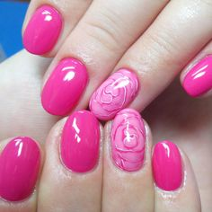 The nail designs for short nails are simple, very practical, safe and durable. Check our photo gallery with the best nail designs for short nails that are easy to make. Manicure Nail Designs, Pink Manicure, White Nail Designs, Short Nail Designs, Nail Polish Designs, Simple Nail Designs, Nail Art Designs, Gold Nail Polish, Gold Nails