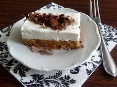 Trošku zdravší koláčik bez múky ale kalorickejší podľa plnky na vrchu... Sweet Recipes, Healthy Recipes, Tiramisu, Zucchini, Cheesecake, Food And Drink, Low Carb, Gluten Free, Pie