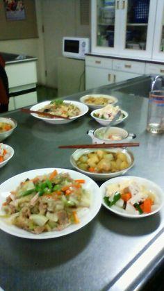 20111203皿うどん、根菜のカレー煮、蒸し鶏と蕪の味噌ネーズサラダ