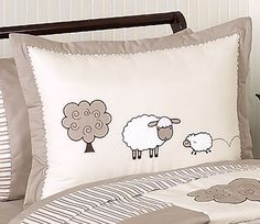 Little Lamb Twin or Full/Queen Kids Bedding Set by Sweet Jojo Designs Pillow Shams, Bed Pillows, Colchas Quilt, Sheep Crafts, Kids Bedding Sets, Sheep And Lamb, Simple Doodles, Baby Quilts, Kids Bedroom