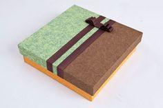 Caixa de cartonagem com decoração de tecido - Portal de Artesanato - O melhor site de artesanato com passo a passo gratuito