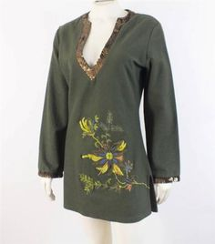 Size S Tracy Porter Olive Green Embroidered Tunic Sequin V Neck Top
