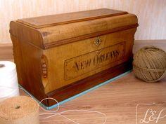 Caisse à couvercle de machine à coudre ancienne relookée et patinée : Boîtes…