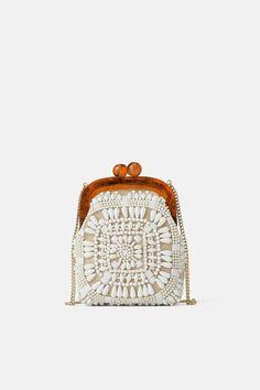 ZARA - Female - Beaded mini crossbody bag with clasp - White - M Animal Print Tote Bags, Animal Print Clutches, Embroidery Purse, Novelty Bags, Online Zara, Latest Bags, Jane Birkin, Mini Crossbody Bag, Woman Shoes