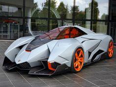 La Lamborghini Egoista Concept affiche des lignes encore plus acérées. New Sports Cars, Exotic Sports Cars, Sport Cars, Exotic Cars, Race Cars, Maserati, Bugatti, Ferrari, Lamborghini Veneno