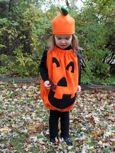 DIY Pumkin Costume by thecottagehome. Made with Simplicity Pattern #2304: So cute and works up fast with fleece. #Halloween #Kids #Pumpkin_Costume