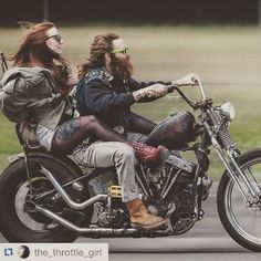 Couples on bikes rock!