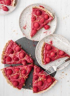 Raspberry Lemon Tart   #tart #raspberrytart #lemontart #baking #raspberrydessert #dessert #lemondessert #lemon #raspberry   twocupsflour.com