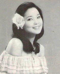 Teresa Teng 鄧麗君 (42) (1953.01.29 - 1995.05.08)