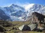 camminata fino al ghiacciaio, dal parcheggio 1,30 minuti in salita (possibilità funivia)