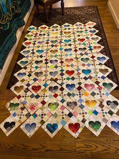 Heart Quilt Pattern, Scrap Quilt Patterns, Applique Quilts, Small Quilt Projects, Quilting Projects, Quilting Designs, Quilting Ideas, Patch Quilt, Quilt Blocks
