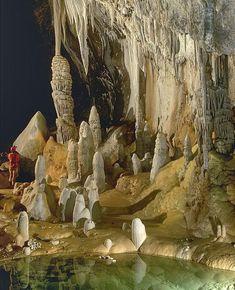 Les 12 plus grandes grottes du monde