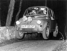 Very famous picture of fiat 500 in a Rally competition