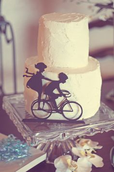Oh my goodness, that is so sweet. I love the idea of a little silhouette like that!