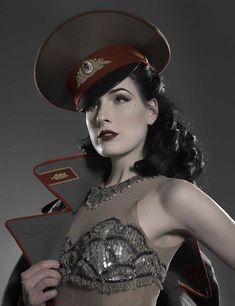 Dita Von Teese, dressed in Dieselpunk style. She's gorgeous! Jamie Chung, Top Models, Burlesque, Dita Von Teese Style, Dita Von Tease, Idda Van Munster, Costume Sexy, Ex Machina, Diesel Punk
