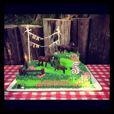 Horse themed birthday cake. Cake by: Bella Baby Cakes