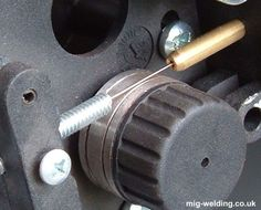 Installing MIG Wire and Setting Wire Feed Tension Mig Welding Tips, Welding Rods, Metal Welding, Welding Art, Welding Crafts, Welding Projects, Welding Ideas, Welding Courses, Metal Bending Tools