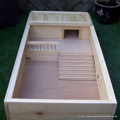 Highest quality tortoise tables for sale in the UK. Hand built from best quality natural wood & finest fittings, no attention to detail is spared. We can make any size or style tortoise table to order. Tortoise Table For Sale, Tortoise House, Tortoise Habitat, Baby Tortoise, Sulcata Tortoise, Tortoise Care, Tortoise Turtle, Tortoise Rescue, Aquariums