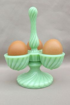 "French RARE Antique Green Opaline Art Glass Eggs Carrier Holder, signed ""SV"" in block letters. Vintage Egg Cups, Vintage Dishes, Antique Glassware, Vintage Kitchenware, Green Milk Glass, Look Vintage, Vintage Stuff, Vintage Green, Vintage Ideas"