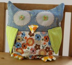 Scrappy Owl PJ Holder