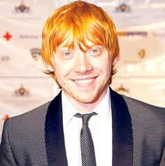 Rupert Grint in what appears to be a polka dotted suit?!?!  Two of my loves combined!!!