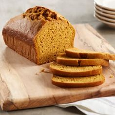 This Spiced Pumpkin Nut Bread recipe makes an exquisitely moist loaf and features a delicate pumpkin and spice flavor. Adds a festive flair to any meal or snack Pumpkin Nut Bread, Libby's Pumpkin, Soft Pumpkin Cookies, Pumpkin Whoopie Pies, Pumpkin Pie Spice, Pumpkin Recipes, Spiced Pumpkin, Pumpkin Rolls, Canned Pumpkin