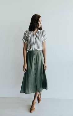 casual fashion,everyday wear,casual outfits,everyday fashion, - dress up - Best Skirt Casual Skirt Outfits, Casual Skirts, Mode Outfits, Fashion Outfits, Midi Skirt Casual, Midi Skirts, Fasion, Olive Outfits, Summer Outfits