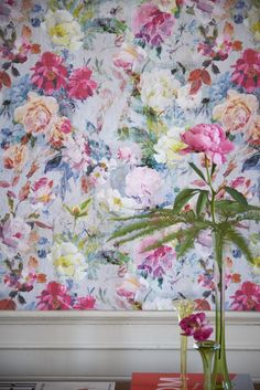 This stunning wallpaper design by Designers Guild features a stunning mass of flowers, with a wonderful overlapping distressed effect.