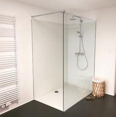 Bad ohne Fliesen,barrierefreie Dusche by fugenlosmodern